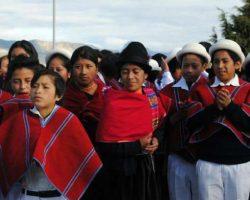 indigenas_luchan_por_sus_derechos_a_la_educacion_2016088065643-682x512-min